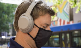 best noise cancelling headphones for iphone