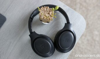 best noise cancelling headphones for under 100