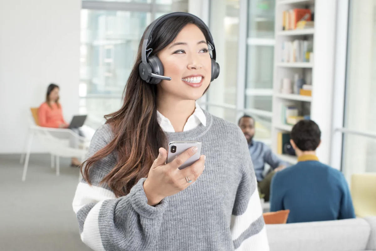 best noise cancelling headphones for workplace